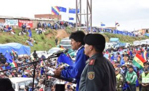 banderazo bolivia 2018 ceremonia  ancestral bandera