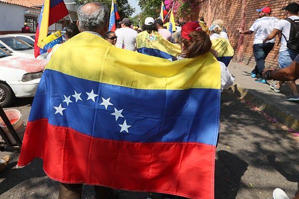 Venezuela 1 3