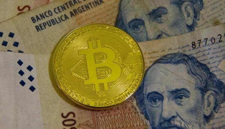 www.criptomonedaseico.com cero a 30 los cajeros automaticos de bitcoin llegan a argentina mientras el peso se sumerge y la inflacion se dispara 750x430 1