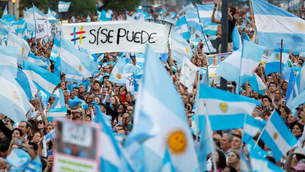2019 10 24t225602z 670658747 rc16e5cf24a0 rtrmadp 3 argentina election macri pichetto 2