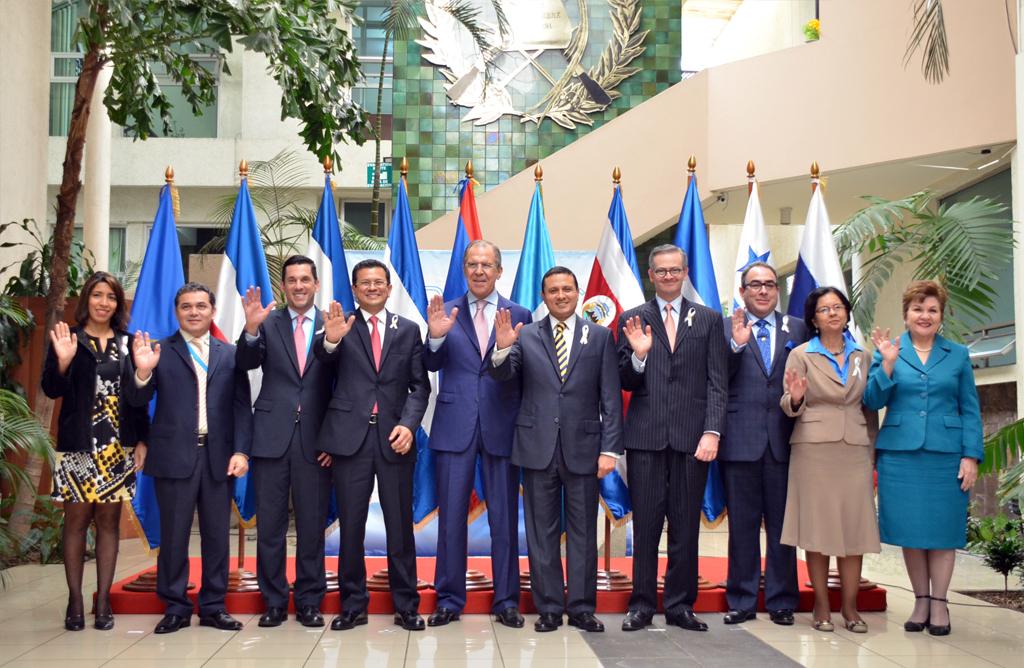 26 de marzo de 2015 los cancilleres de las naciones que conforman el sistema de la integracion centroamericana sica sostuvieron una reunion de trabajo